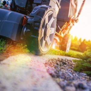 Saline lawn care service